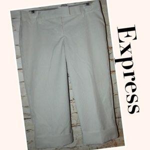 NWT! Seersucker Capri Pants